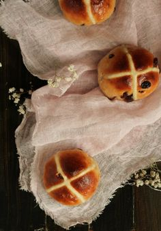 Cómo hacer Hot cross Buns - The Art of Cupcakes
