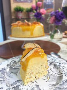 Veja a receita completa do Pudim queijadinha no site do Canal Sony! Just Desserts, Dessert Recipes, Portuguese Desserts, Water Recipes, Flan, I Love Food, Sweet Recipes, Deserts, Food Porn