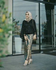 New Fashion Hijab Rok Hitam 35 Ideas New Fashion Hijab Rok Hitam 35 Ideas Fashio. New Fashion Hijab Rok Hitam 35 Ideas New Fashion Hijab Rok Hitam 35 Ideas Fashion Hijab Rok Hitam 3 Model Kebaya Brokat Modern, Kebaya Modern Hijab, Kebaya Hijab, Modern Hijab Fashion, Muslim Fashion, Abaya Fashion, Fashion Outfits, Model Kebaya Modern Muslim, Stylish Outfits