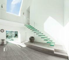 treppenhaus design gläserne stufen