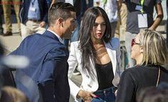 Cristiano Ronaldo inaugura su aeropuerto pese a las críticas