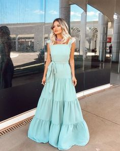 various skirt design concepts that can best show women's beauty - Page 33 of 43 - BEAUTIFUL LIFE Dress Outfits, Casual Dresses, Summer Dresses, Modest Fashion, Fashion Dresses, Dress Skirt, Dress Up, Lovely Dresses, Dress To Impress