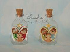Botellitas para agua bendita con imágen de la Sagrada Familia en porcelana fría…