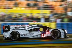 No19 Porsche @ Le Mans 2015