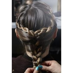 The Half Bun Ways To Wear The Hairstyle Of The Moment Half - Bun hairstyle games