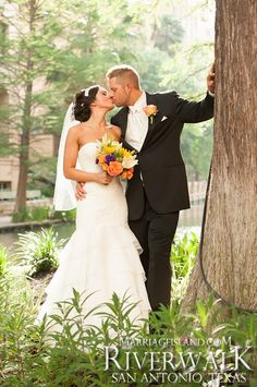 Spring San Antonio Riverwalk Wedding 2014 Edward & Katrina www.MarriageIsland.com (210) 667-6503