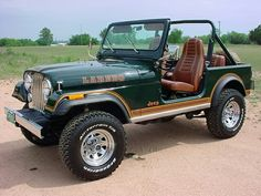 I have long lusted after this jeep. I love seeing this photo.
