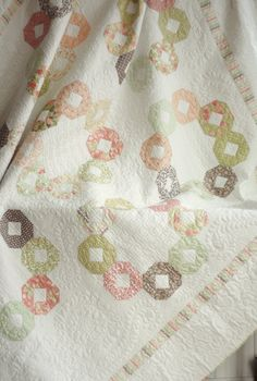 Carousel Quilt made by Cotton Berry Quilts. Quilt pattern and Mirabelle fabric collection is by Fig Tree & Co.