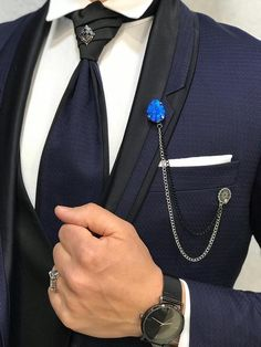 Read information on tuxedo suit. Check the webpage for more. This is must see web content. Tuxedo Suit For Wedding, Wedding Tux, Groom Tuxedo, Tuxedo For Men, Trendy Wedding, Blazer Fashion, Mens Fashion Suits, Mens Suits, Dress Suits For Men