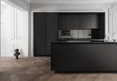 OMG - wall mouldings, Matte black kitchen with smoked mirror splashback Black Kitchens, Cool Kitchens, Kitchen Black, Kitchen Wood, Kitchen Island, Kitchen Ideas, Minimal Kitchen, Fitted Kitchens, Paris Kitchen