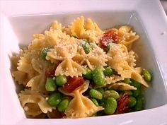 Get this all-star, easy-to-follow (Web Exclusive) Round 2 Recipe: Edamame with Pasta recipe from Sandra Lee