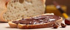 Le Nutella... quoi de meilleur que cette pâte à tartiner ? Au petit déjeuner ou au goûter, sur une tranche de brioche ou directement à la c...