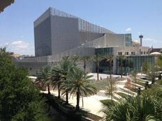 The Tobin Center for the Performing Arts ranks among the top 40 theater venues worldwide based on ticket sales. San Antonio River, Downtown San Antonio, Dance News, River Walk, Holiday Photos, Family Holiday, Family Pictures, Skyscraper, Performing Arts