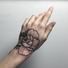 «Done at @korpusdomini ❤️ #sashatattooing #linework #dotwork #tattoo #love #rose #rosetattoo #blackwork #bw #blackworkers»