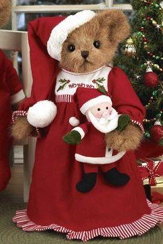 'Bearington Bears Christmas Girl SUSIE SWEETDREAM by Bearington Bears, http://www.amazon.com/dp/B005MEI6IM/ref=cm_sw_r_pi_dp_6aKmrb1NH3HZ3
