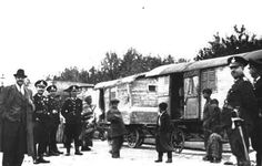 Abtransport in Anhaltelager und KZ