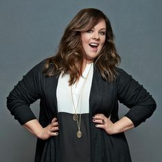 Your go-to-guide for everything you need to know about American actor Melissa McCarthy! The Heat What else do I need to know about Melissa McCarthy? Melissa Mccarthy, Illinois, Plus Size Model, Gilmore Girls, Poses, Beautiful Actresses, Amazing Women, Plus Size Fashion, Hair Beauty