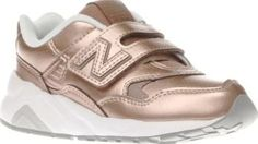 New Balance Rose Gold 580 Girls Junior Slick kicks arrive for your mini sneakerhead in the form of the New Balance 580. Downsized for kids, this retro trainer features a rose gold man-made upper with perforated details, complete with a hoo http://www.comparestoreprices.co.uk/january-2017-8/new-balance-rose-gold-580-girls-junior.asp