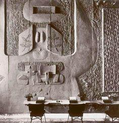 Costantino Nivola, Olivetti Showroom, sand cast relief,1954