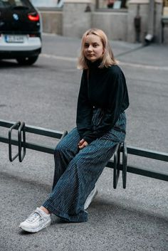 See Vogue's edit of the best street-style looks from Helsinki Fashion Week Muslim Fashion, Modest Fashion, Hijab Fashion, Girls Winter Fashion, Grey Fashion, Nordic Fashion, Fashion Styles, Fashion Tips, Fashion Weeks