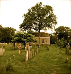 Unsung #Destinations: 10 reasons to visit #Ithaca, #New York. Eight: #roadtrip back 2 #NYC: #Hudsonrivervalley #sleepyhollow cemetery www.gold-boat.com
