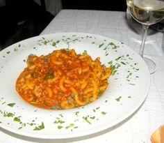 Busiate con ragù di triglia e finocchietto selvatico.  www.lacasasullascogliera.blogspot.it