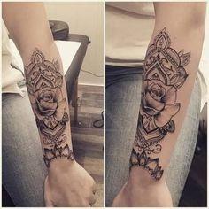 Resultado de imagem para mandala rose tattoo