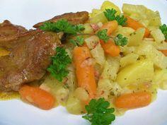 Na přípravu budete potřebovat:     2 kedlubny  2 velké brambory  baby mrkvičky nebo 2 velké mrkve  100g slaniny  1 cibule  1l vývaru  sv...