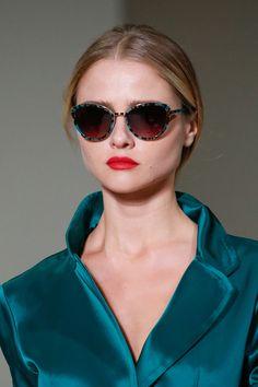 Oscar de la Renta Spring 2016 Ready-to-Wear Fashion Show Details