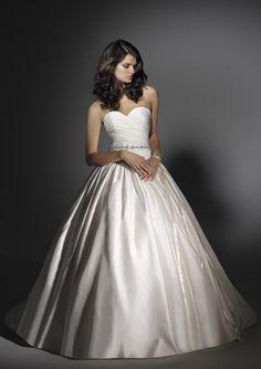 $261.8 Strapless Sweetheart Neckline princess princess wedding dresses