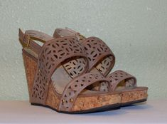 4c835952569f WOMENS BEIGE ADRIENNE VITTADINI PLATFORMS WEDGES SANDALS US 11 M EUR 41  41.5 42  fashion