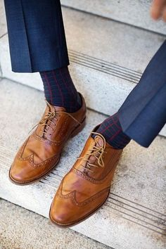 How to wear dress shoes for men