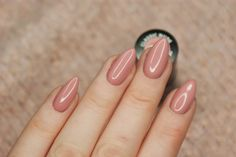 Perfect nails for spring Get Nails, How To Do Nails, Hair And Nails, Nude Nails, Acrylic Nails, Nail Time, Manicure Y Pedicure, Garra, Colorful Nail Designs