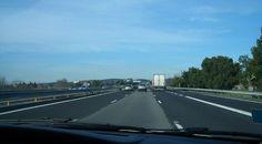 Allemagne : il oublie sa femme sur une aire d'autoroute en revenant du voyage de noces