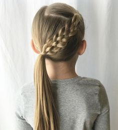 Simple and beautiful hairstyles for school every day - kurze frisuren - Hair Styles Girls Hairdos, Baby Girl Hairstyles, Ponytail Hairstyles, Teenage Hairstyles, Simple Girls Hairstyles, Girls Braided Hairstyles, Cool Hairstyles For School, Cute Little Girl Hairstyles, Hair Girls