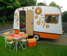 Posh Camping Australia: To Decal or not to Decal?