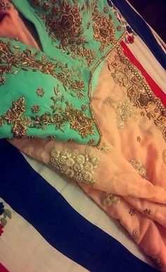 All time classic colour combination Pakistani Dresses, Indian Sarees, Indian Dresses, Indian Outfits, Indian Look, Indian Ethnic Wear, Desi Clothes, Indian Couture, Indian Attire