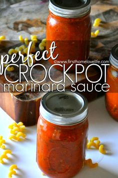 Good way to avoid HFCS in jar sauces! This crock pot marinara is so easy to make- it's almost impossible to mess up and will make your house smell incredible all day long while it's cooking! Crockpot Dishes, Crock Pot Slow Cooker, Crock Pot Cooking, Slow Cooker Recipes, Chutney, Pesto, Sauce Spaghetti, Sauces, Sauce Creme