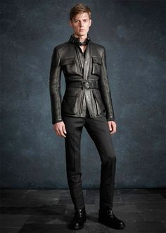 Martin Cooper created an elegant collection for Belstaff Pre-Fall full of luxurious outerwear pieces modeled by Janis Ancens. Leather Fashion, Leather Men, Mens Fashion, Leather Trousers, Leather Jacket, Jacket Men, Belstaff, Gentleman Style, Well Dressed