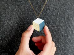 DIY pendentif cube – Illusions d'optique (in French)