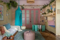 Ideias para decorar casa com crianças – Mostra Casa NaToca (Parte 1) Decor, Room, Cozy House, Loft, Color, Home Decor, Curtains, Cozy