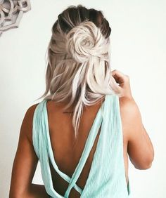 twisted rose half up hair-do | Skirt the Ceiling | skirttheceiling.com