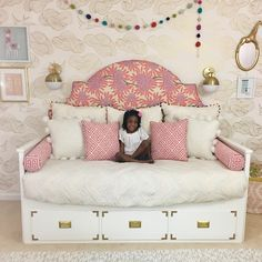 So I'm totally obsessed with my daughter's room (and my daughter, too! Her bed is my favorite IKEA hack of all time. It started out as a… Ikea Hemnes Daybed, Hemnes Day Bed, Ikea Hack Bedroom, Ikea Bed Hack, Ikea Hack Kids, Big Girl Bedrooms, Little Girl Rooms, Kids Bedroom, Girls Daybed