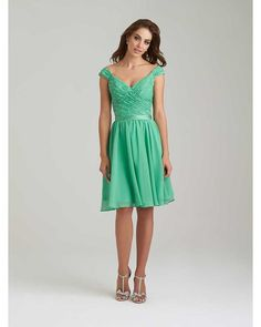 free shipping, $82.11/piece:buy wholesale  green lace bridesmaid dresses v-neck sleeveless zipper back short bridesmaid dresses custom made plus size dresses cheap 2015 spring summer,reference images,satin on lpdress's Store from DHgate.com, get worldwide delivery and buyer protection service.