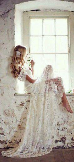 Simply romantic wedding dress.....