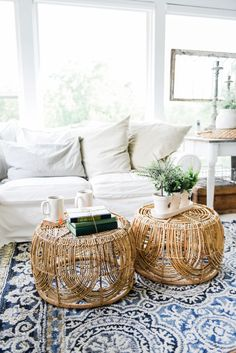 Wicker Coffee Table Sunroom Living Room Design by Liz Marie Rattan and Wicker Furniture Living Pequeños, My Living Room, Home And Living, Living Room Decor, Living Room Side Tables, Target Living Room, Wicker Coffee Table, Diy Coffee Table, Diy Table