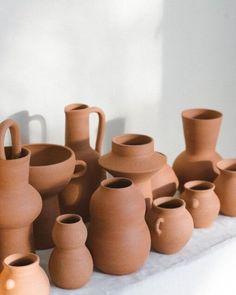 One-off Terracotta Vases – Common Goods Studio Ceramic Pottery, Ceramic Art, Terracotta, Color Terracota, Beige Aesthetic, Stoneware, Home Accessories, Decoration, Creations