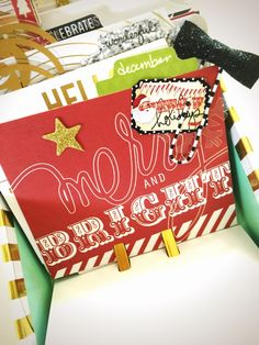Jot Girl Lauren Hender has used Heidi's super fabulous Christmas range and her Kraft and Foil Project Life kit to create a fun festive December Daily Project MEMORY DEX. Rolodex, Heidi Swapp, Index Cards, Book Journal, Journals, December Daily, Smash Book, Craft Fairs, Project Life