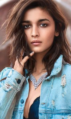 Alia bhatt, jeans shirt, bollywood, 2018, 480x800 wallpaper