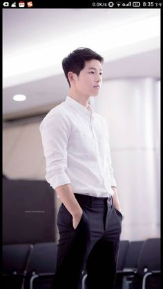 The above song … that song describes how I'm feeling right now about Descendants of the Sun! I miss seeing Song Joong Ki, Song Hye Kyo, and the rest of the cast for at least a Daejeon, Song Hye Kyo, Park Hae Jin, Park Seo Joon, Korean Star, Korean Men, Descendants, Korean Celebrities, Korean Actors